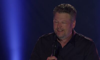 Blake shelton performs austin and minimum wage at 2021 acm awards